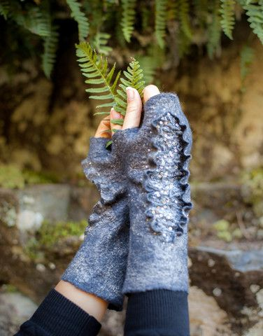 Glitter lace mittens felted