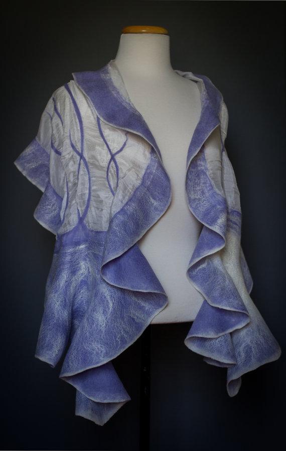 shawl with intertwining lines handmade