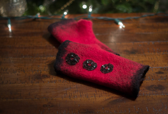 red felted arm