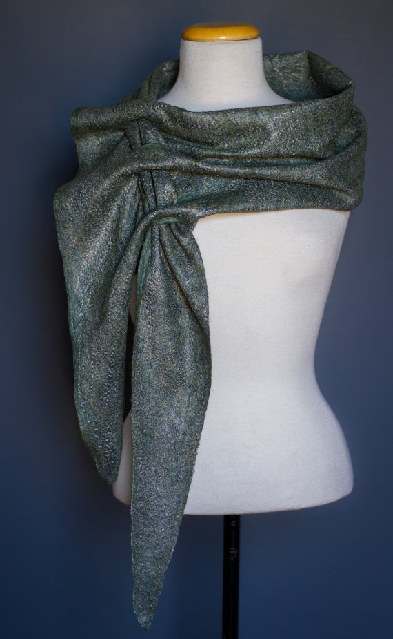 triangular scarf GREY