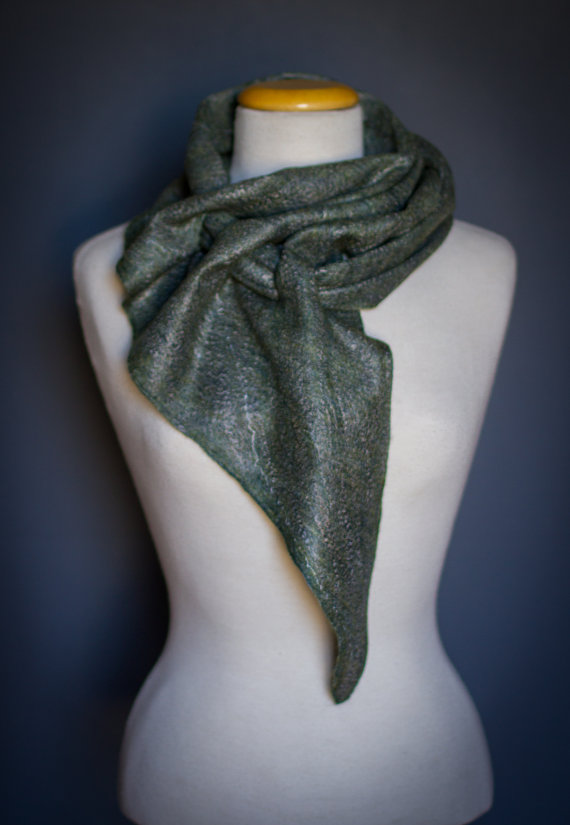 Merino wool scarf GREY