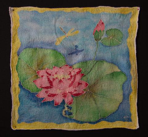 Wool-home-decor-Lotus