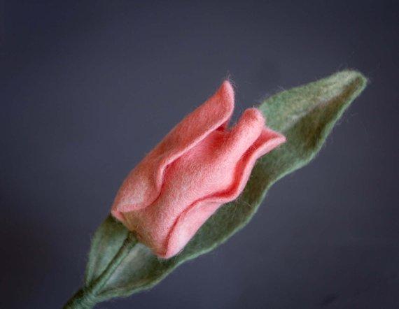 felted Tulip