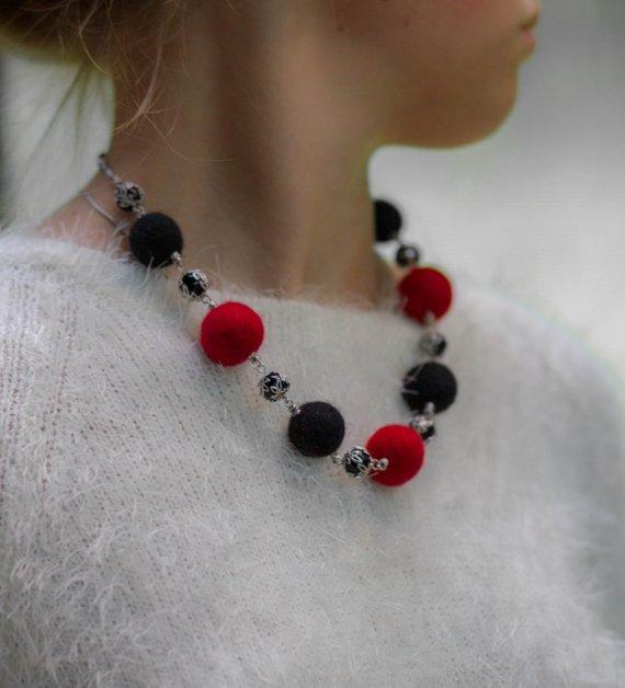 wool unique necklace