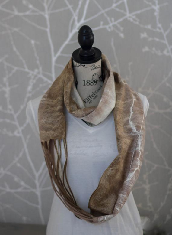 felt Infinity scarf,